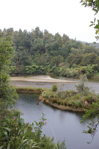 Lake Waikaremoana (334)_1